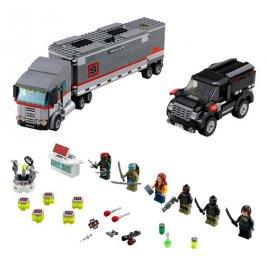 Únik velkého sněžného náklaďáku