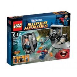 Superman: Únik z Black Zero