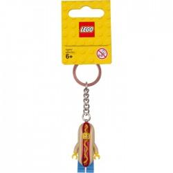 Přívěsek na klíče s chlapíkem převlečeným za párek v rohlíku