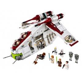 Republic Gunship™ (Válečná loď Republiky)