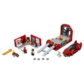 Ferrari FXX K a vývojové centrum