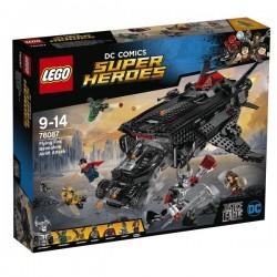 Obří netopýr: Vzdušný útok v Batmobilu