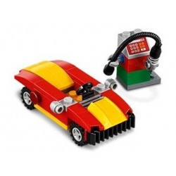 Car and petrol pump (polybag)